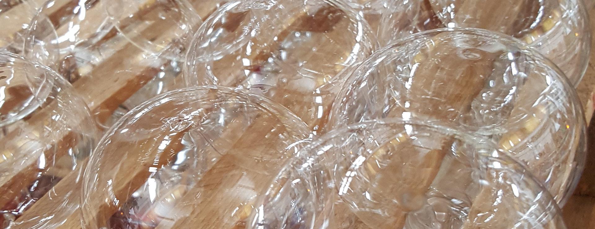 Mundgeblasene Glasrohlingen